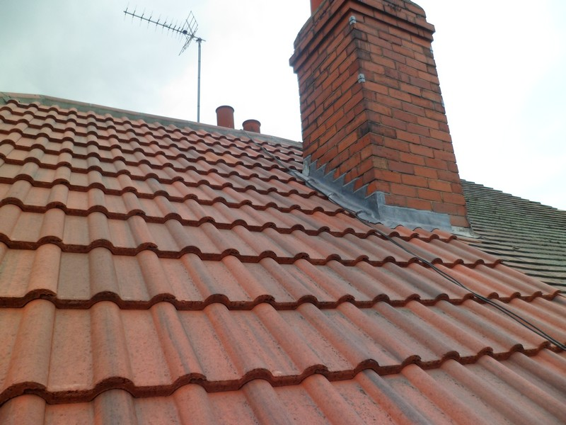 Concrete Vs Clay Roof Tiles Which Are Superior